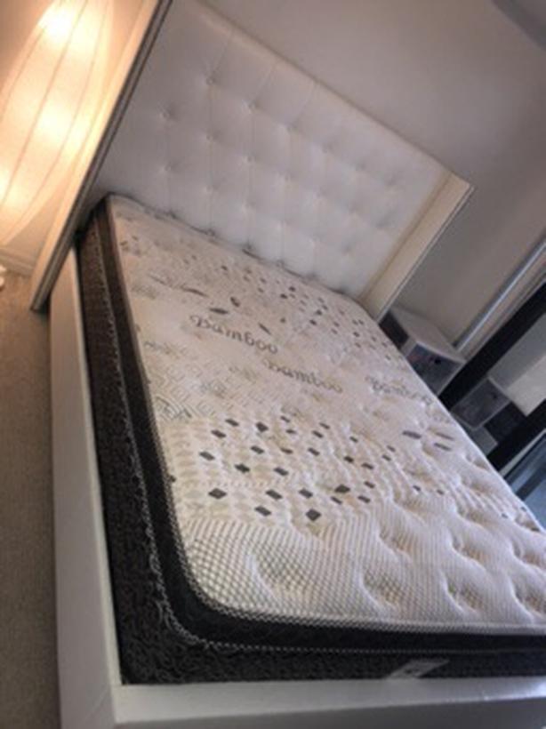 White Leather Queen Platform Bed w/ Plush Pillowtop Mattress