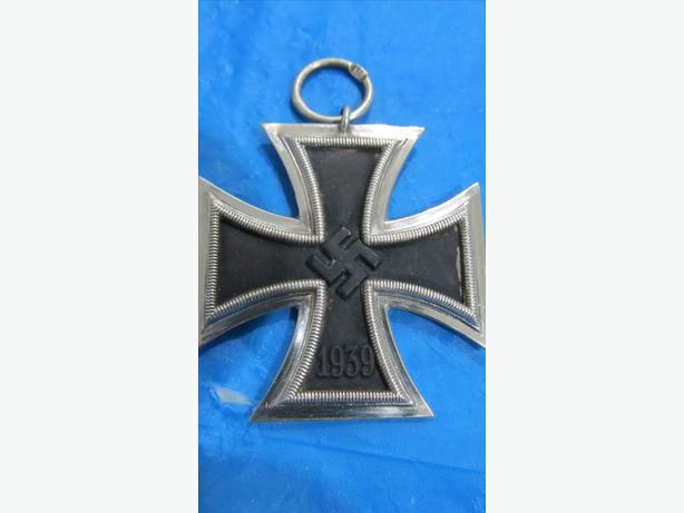 AUTHENTIC WW2 GERMAN OFFICER SILVER IRON CROSS