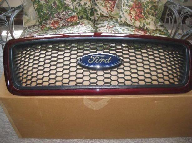 BRAND NEW FORD GRILL Retails over $500.00 selling for $150.00!!!