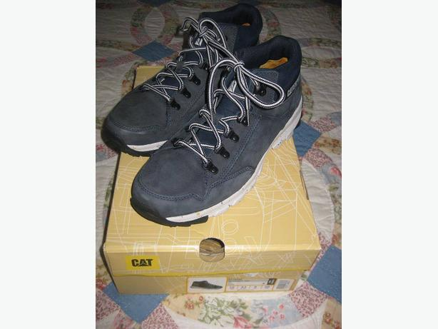 MENS BRAND NEW CATERPILLAR SHOES SIZE 10