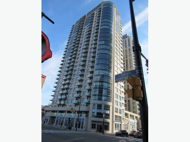 For rent: 2-bedroom plus den condo at 242 Rideau