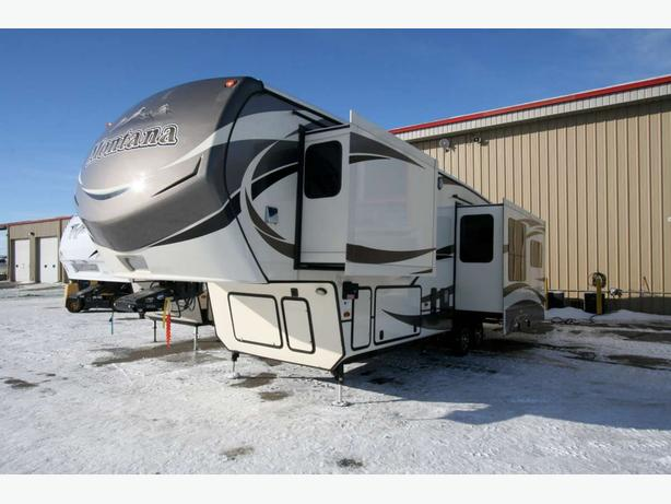 2015 Keystone Montana 3160RL - 1808X