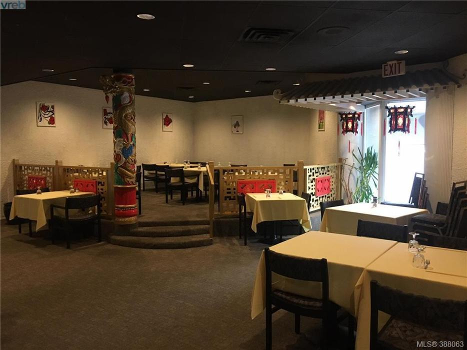 Moose Restaurant Toronto