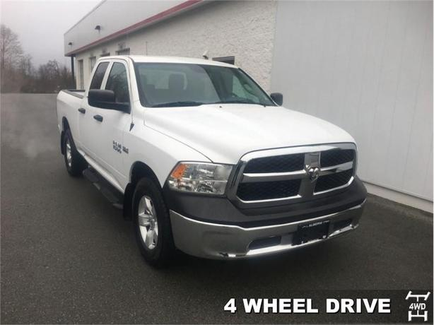 2014 Ram 1500 SXT  Quad Cab 4x4 - One Owner - Uconnect