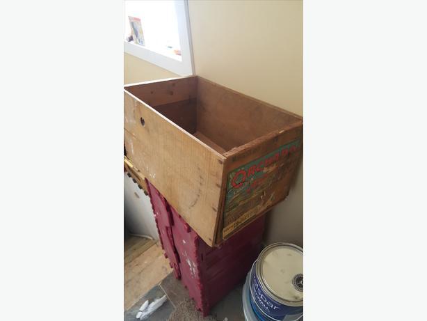 VTG WOOD BOX