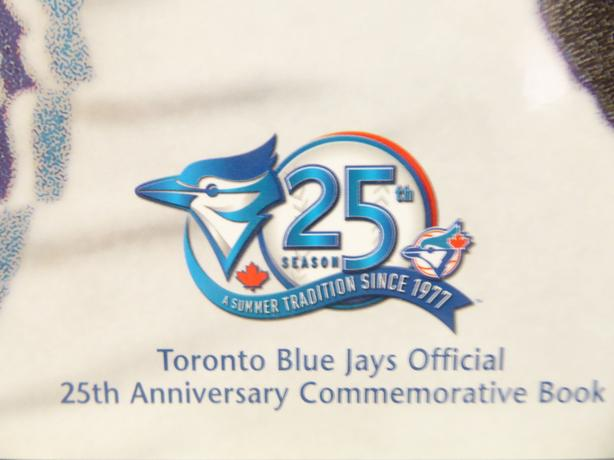 TORONTO BLUE JAYS OFFICIAL 25th ANNIVERSARY COMMEMORATIVE BOOK