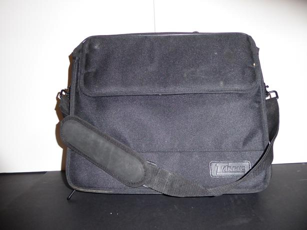 LARGE BLACK CANVAS LAPTOP CASE / BRIEFCASE -- MINT