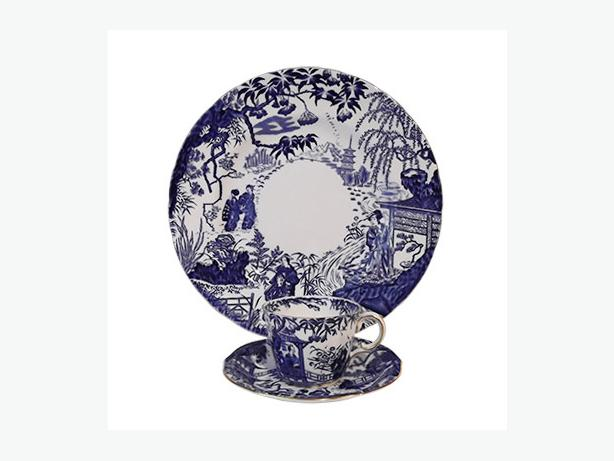 Royal Crown Derby Mikado dinner plate, teacup and saucer