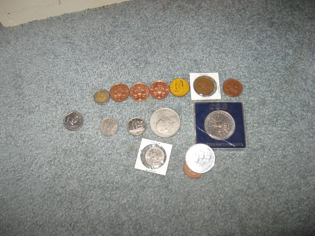 Mixed lot 15 international coins