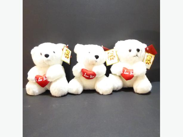 "3 ""I LOVE YOU"" IDENTICAL WHITE TEDDY BEARS -- MINT -- NEVER USED"