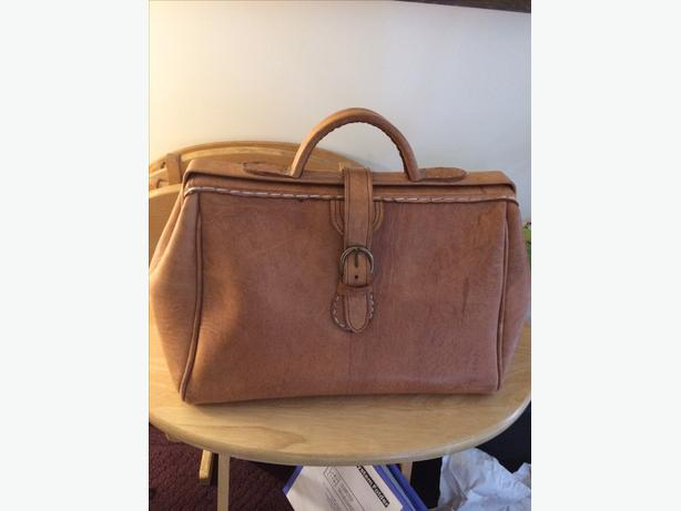 Leather Dr.'s Bag