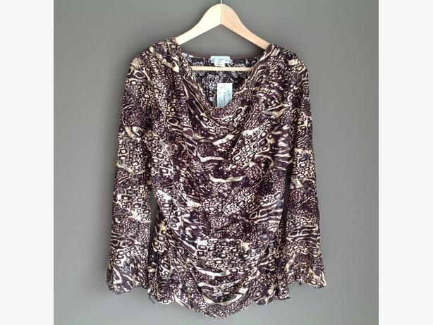 Brand New Come N See Tops - Sz M