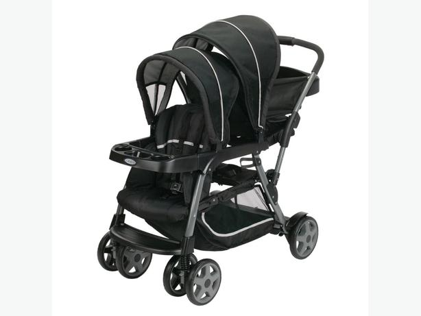 Graco Ready-2-Grow Click-Connect 2 seat stroller – Like New!