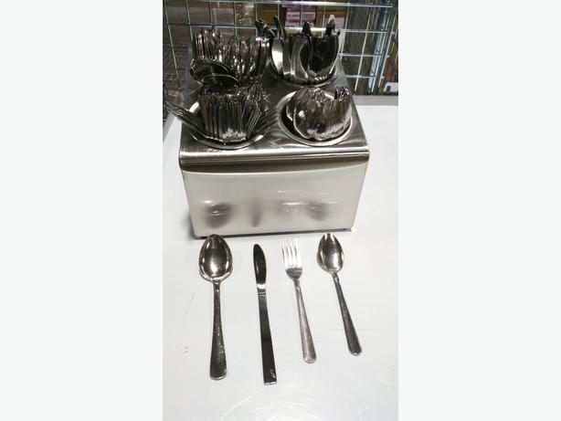 Sunday @ 10am – Cutlery Liquidation Auction