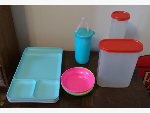 *CHOICE OF TUPPERWARE PIECES