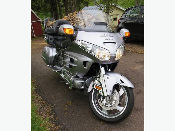 2009 Honda Gold Wing (1800cc) JUST REDUCED!!