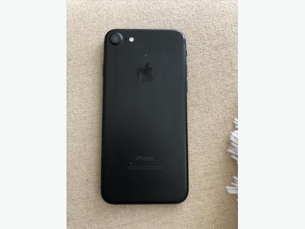 iPhone 7 - 32gb UNLOCKED