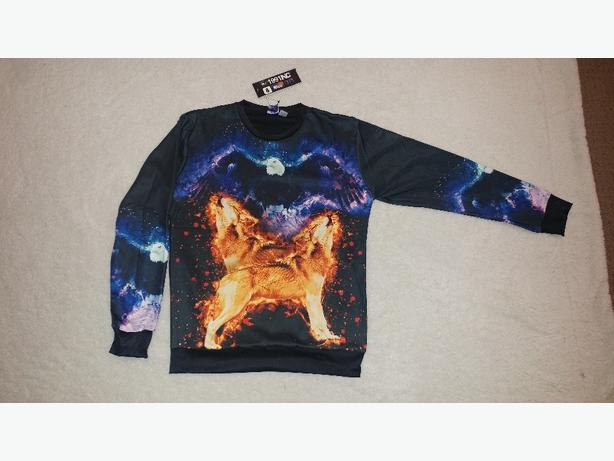 New size M wolf/eagle crew neck
