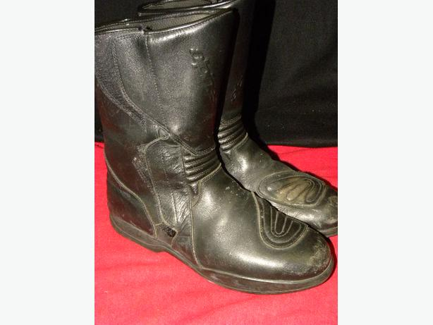 Alpinestars Gore Tex street motorcycle boots size 12