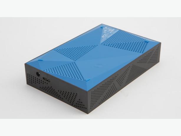 four (4) desktop SATA HD to USB 3 case