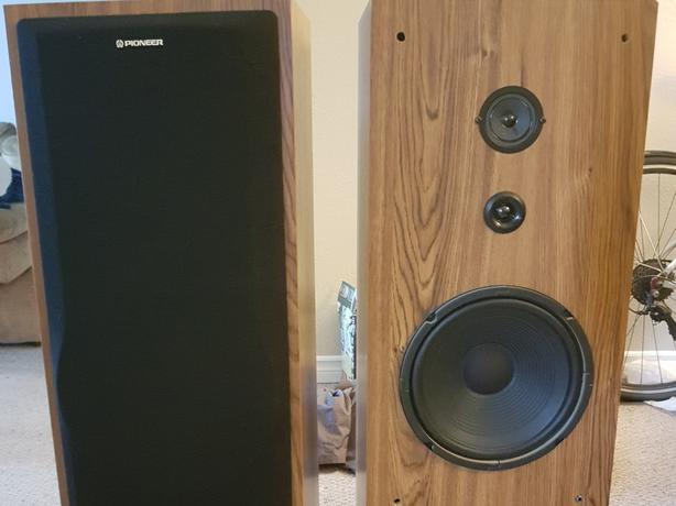Large pioneer speakers