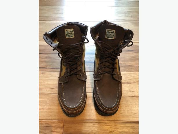 22adb542605  Log In needed $100 · Filson X Sebago Osmore Boot Mens Size 10 $100 OBO