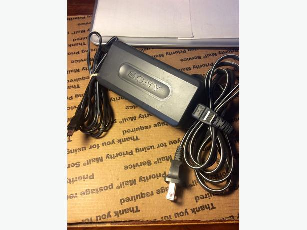 Quality authentic OEM Sony camera camcorder charger