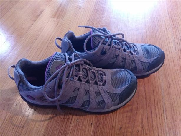 Columbia Hiking Shoes, Grey, Women's Size 9
