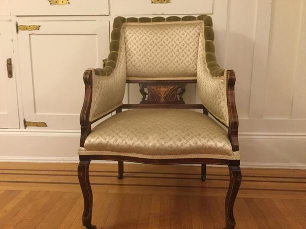 2 Edwardian antique chairs