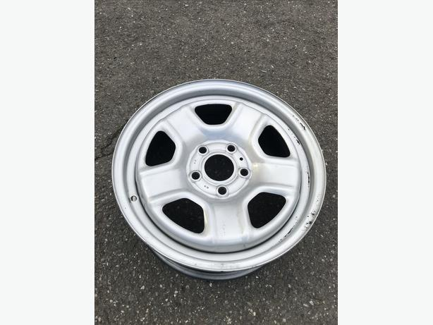 "$0 16"" Alloy Wheels"