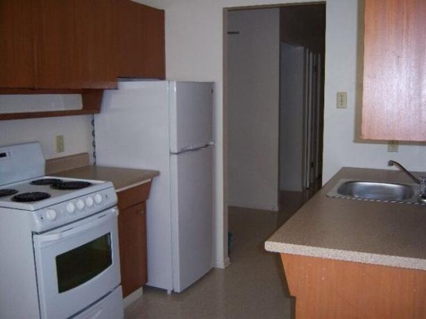 * Wardlaw: Osborne area * 2 bedroom *