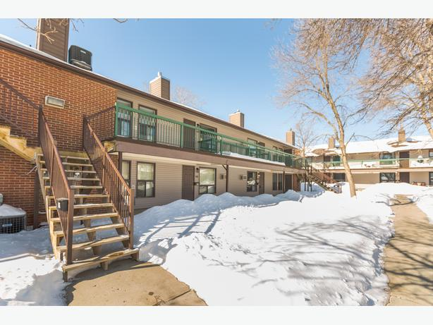 2 bedroom condo in Normanview West - 100-2 Gore Place