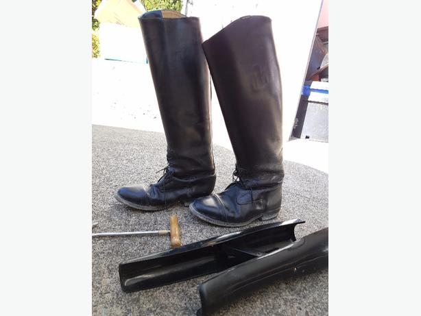 Leather Feild Boots - Size 7