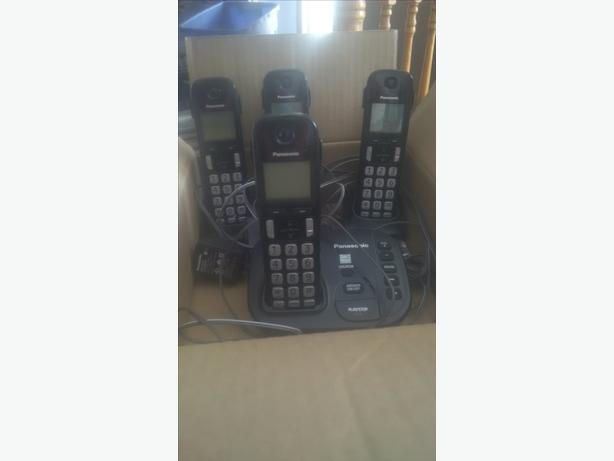 Complete Panasonic Phone Set