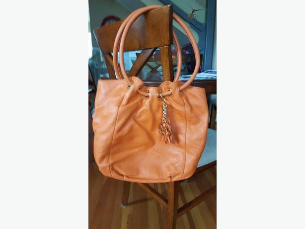 c35916c73919 Michael Kors Gorgeous Orange Leather Purse Handbag Brand NEW ...