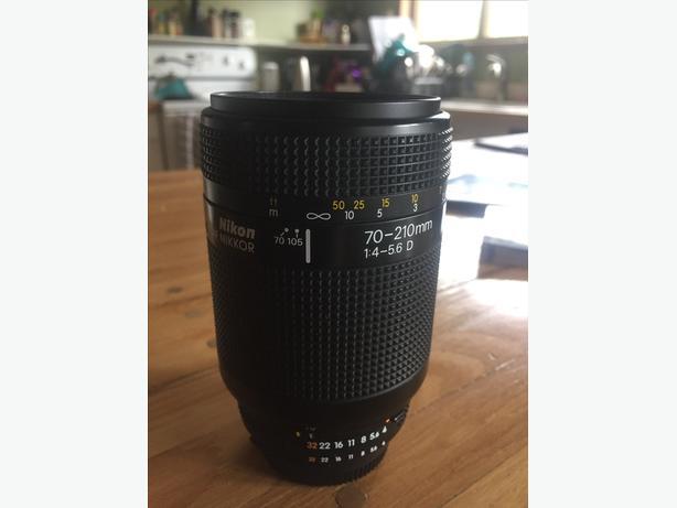 AF Nikkor 70-210 D f:4-5.6 zoom lens
