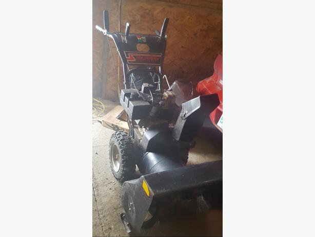$400 firm, Murry Snowblower