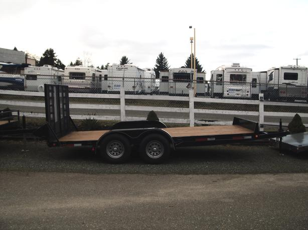 LANDSCAPE /CAR/EQUIPMENT HAULER 82x16 TRAILER