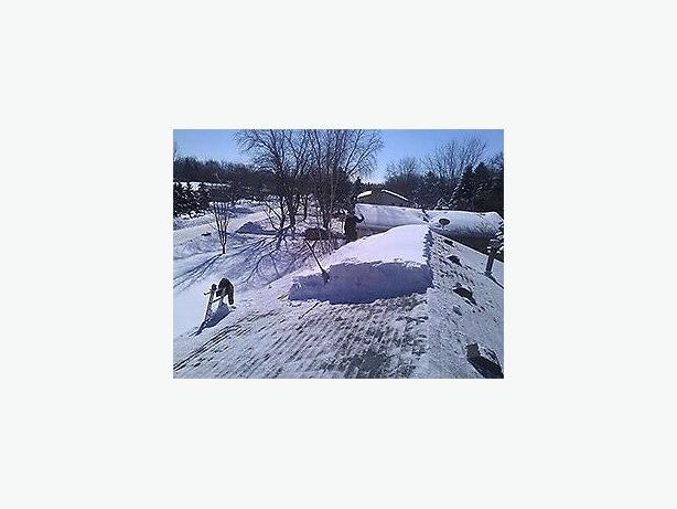 Affordable Rooftop & Ground Snow Removal . . . 639-999-1070