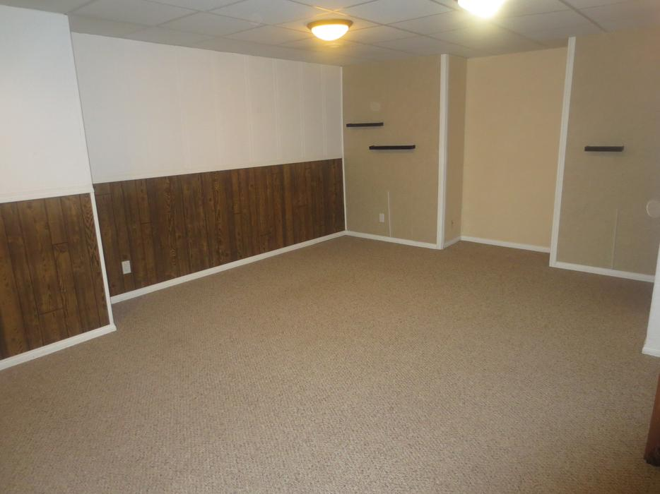 One bedroom basement suite for rent north regina regina for 1 bedroom basement for rent in prince george