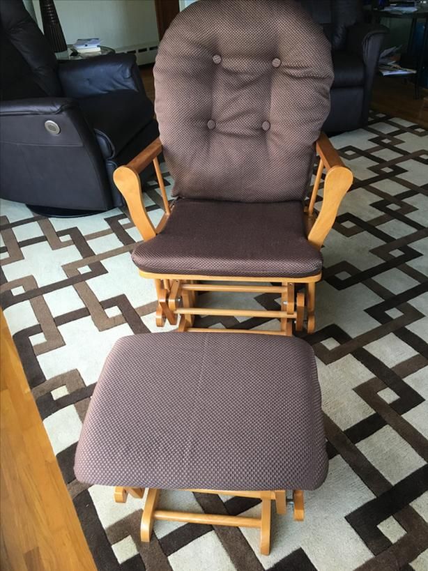 Glider chair with stool