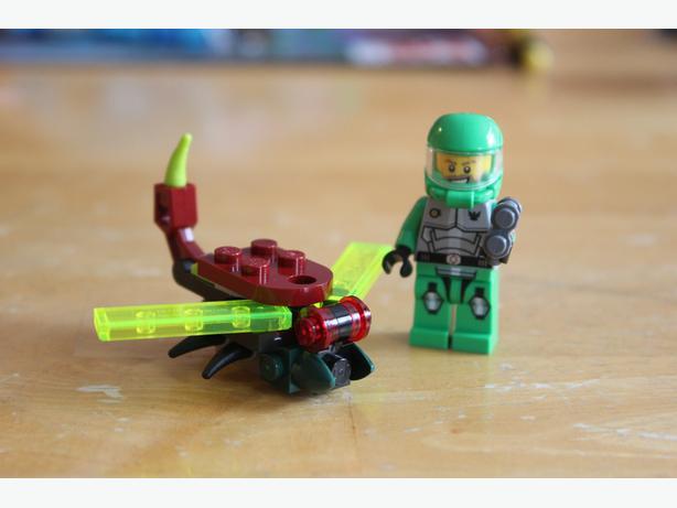Lego Galaxy Squad 2 piece