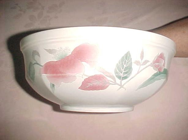 MIKASA SILK FLOWERS VEGETABLE BOWL