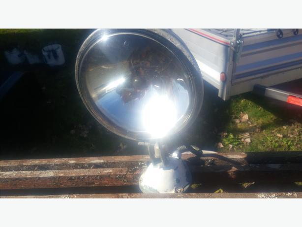brass spot light
