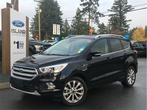 2017 Ford Escape Titanium, Heated Seats, Dual Moonroof, AWD