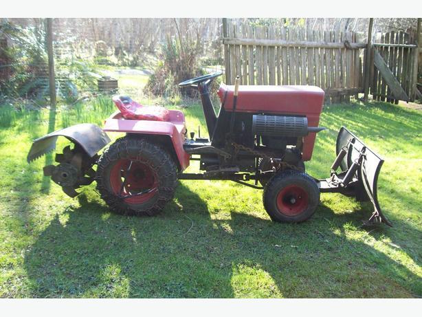 BOLENS 10 Hp garden tractor