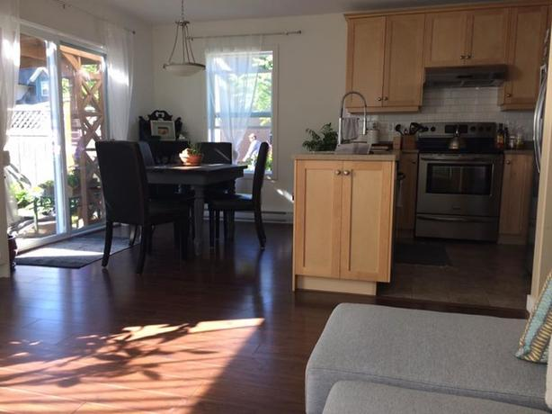 Beautiful 3 bdrm home in puntledge park area