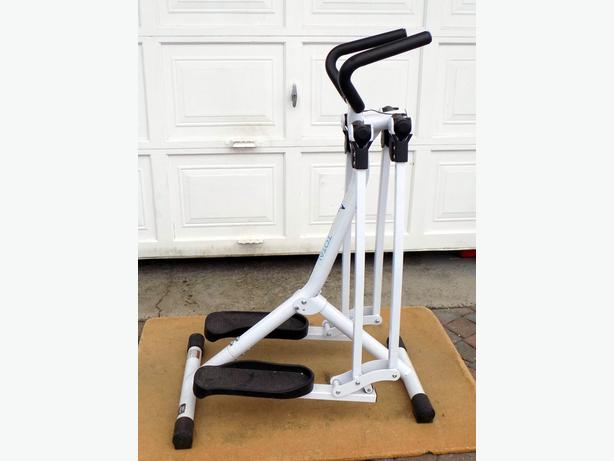 Stamina Suzanne Sommers Total Thigh Trainer  Model 55-9160