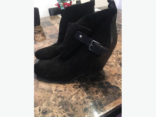 suede and leather black ankle boots new