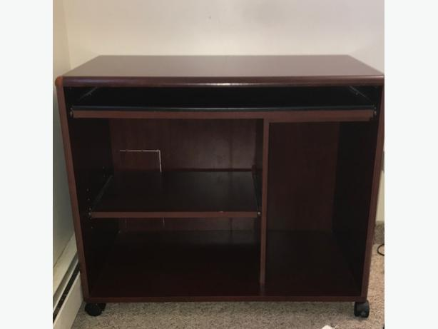Computer Table **Excellent condition**